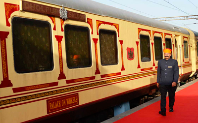 Tren Palace on Wheels
